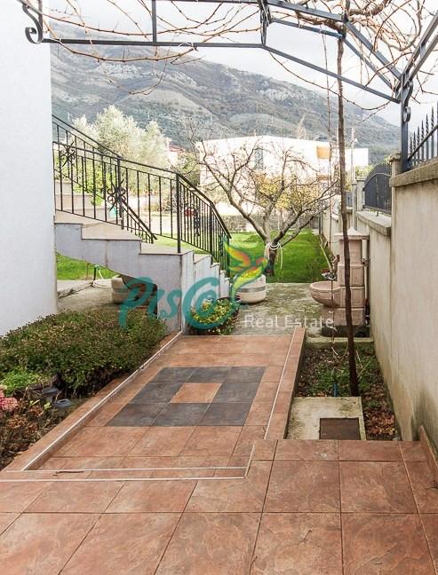 Pisco Real Estate Agencija za nekretnine Podgorica, Crna Groa (12)