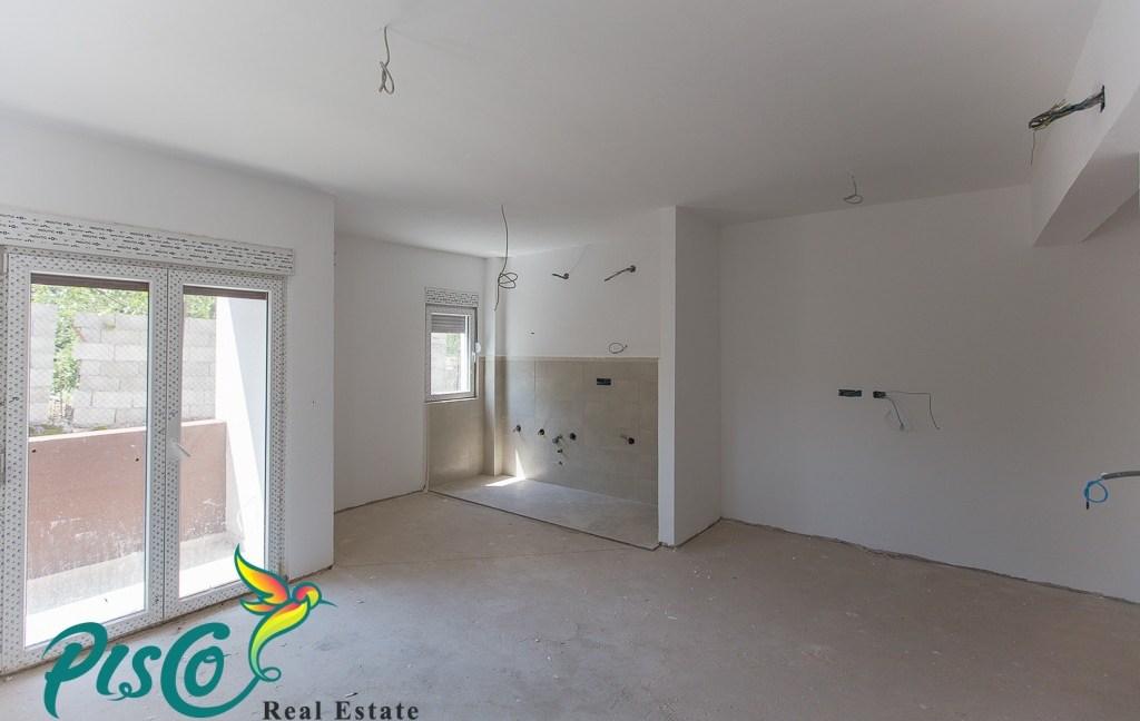 Prodaja stanova Cetinje (1 of 1)-2