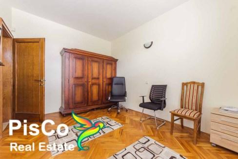 Izdavanje Kuća Podgorica (4 of 35)