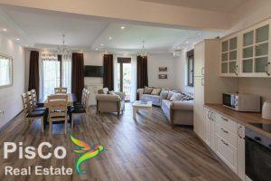 luksuzan apartman na prodaju u kamenovu novo sa namještajem
