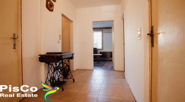 Prodaja stan u Mitra Bakica 59000-13