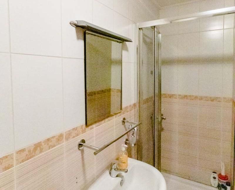 Prodaje se stan u naselju Kruševac