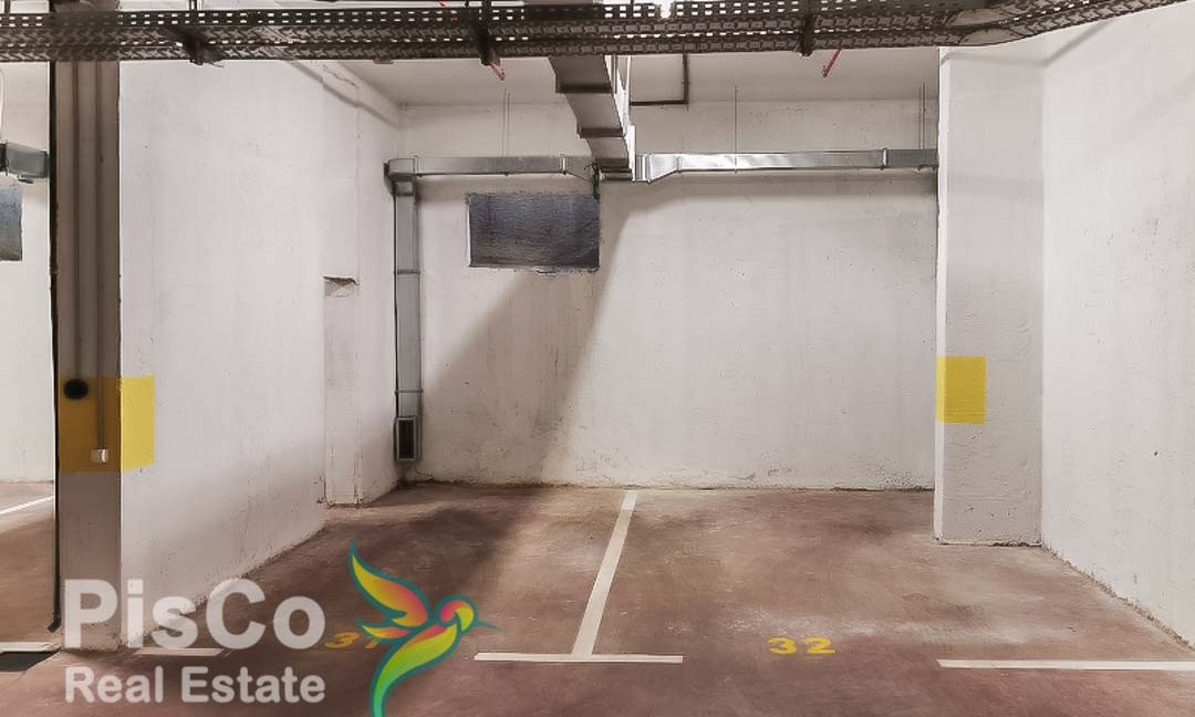 Business space for rent in City Quay 93m2 + gallery + 2 parking spaces