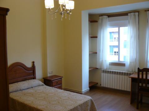 Habitaciones de alquiler en Orense  pisosyalquilercom
