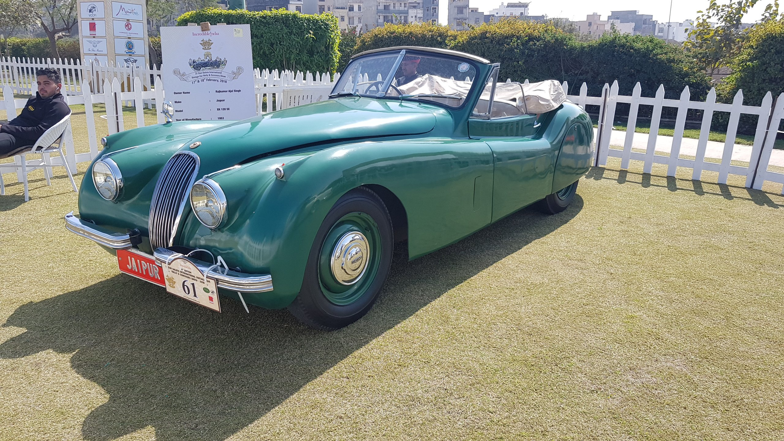 My visit to the vintage car rally organized by \'21 Guns Salute ...