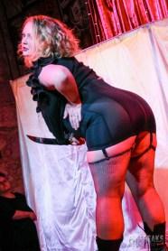 burlesque-is-a-basterd-41