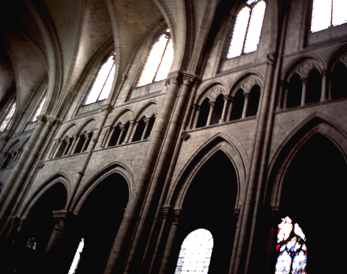 MEDIEVAL SENSInterior of the Cathedral of Saint tienne