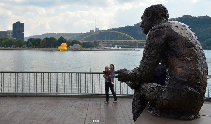Mr Rogers Statue North Shore Pittsburgh Beautiful