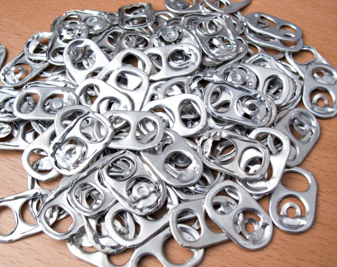 pull tabs pop cans