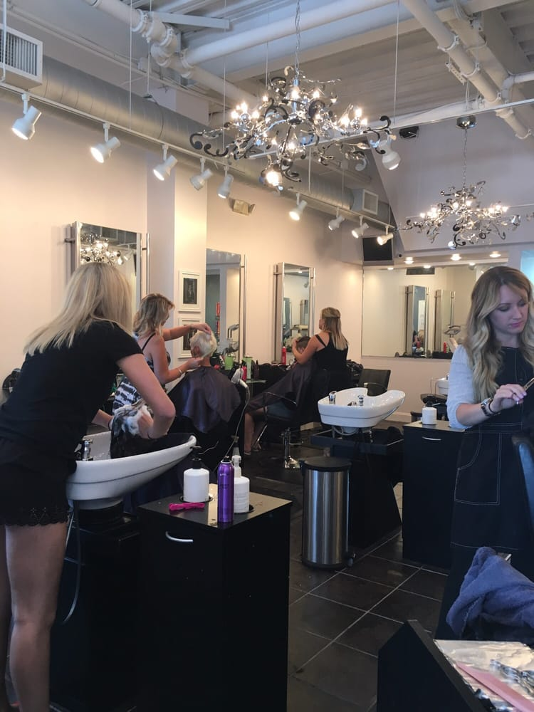 Best Nail Salons in Pittsburgh