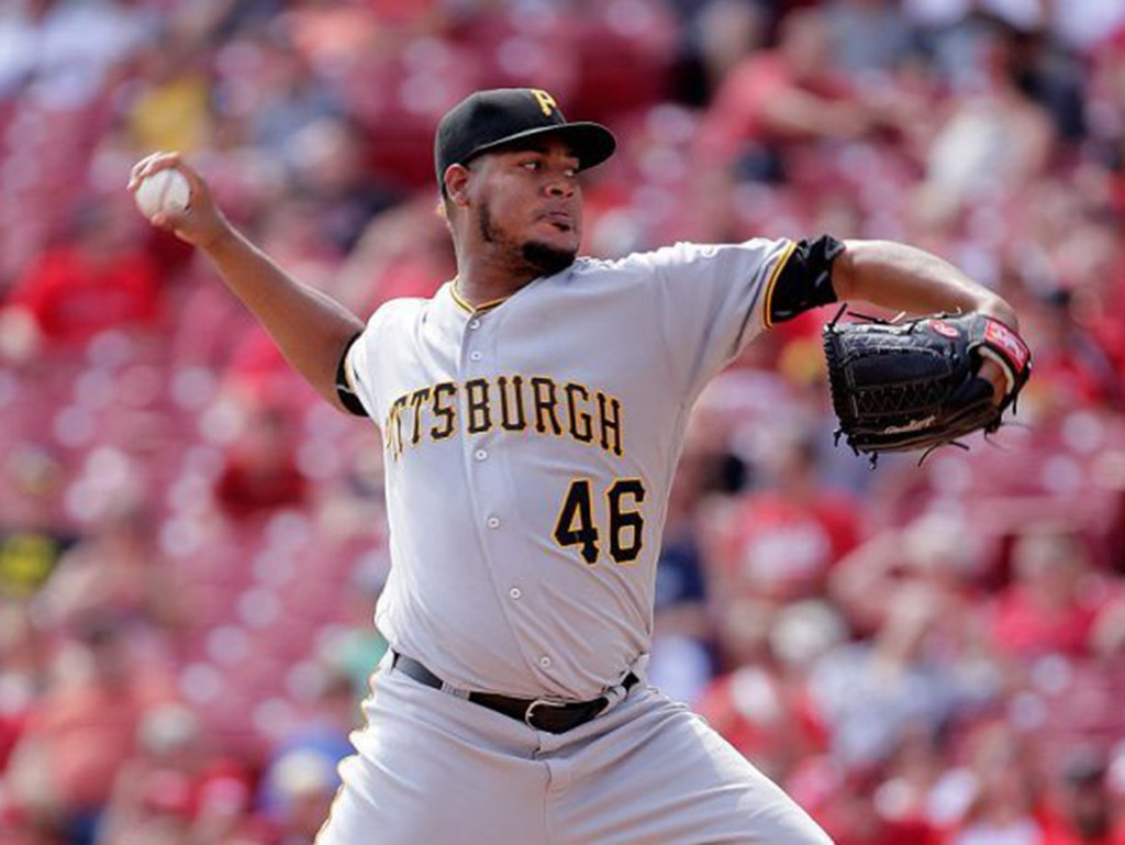 Pirates sign RHP Ivan Nova to three-year, $26 million contract