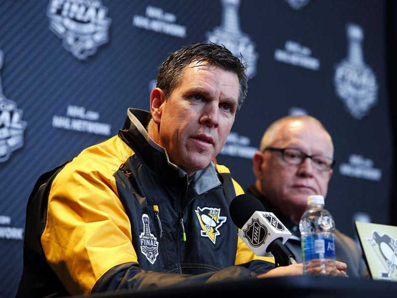 Penguins head coach Mike Sullivan signs three-year extension