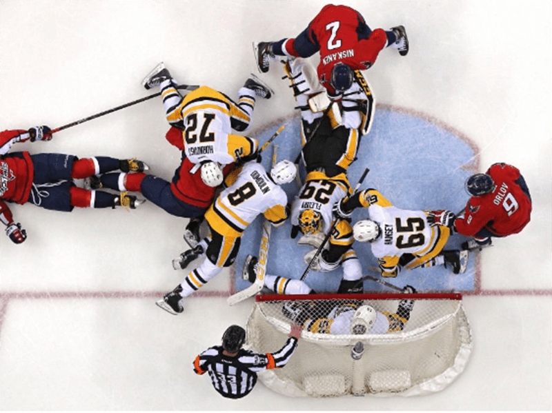 Crosby scores two to lead Penguins to 3-2 victory over Capitals