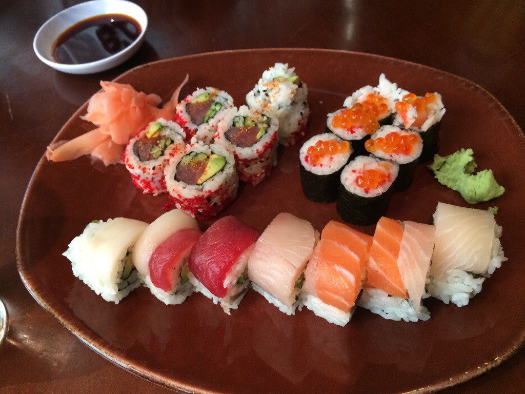 Downtown pittsburgh sushi from the original fish market for Fish market pittsburgh