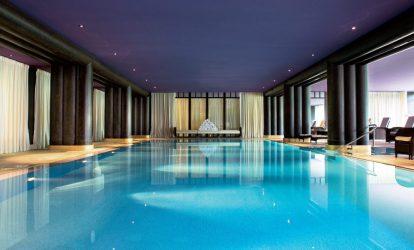 piscine-interieure-e1481573355570 (1)