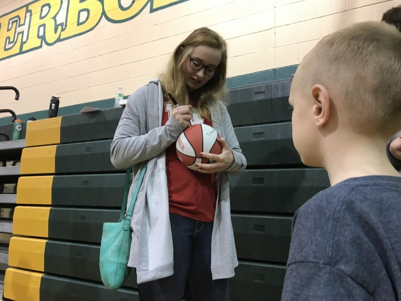 sydney townsend husker volleyball signs autograph