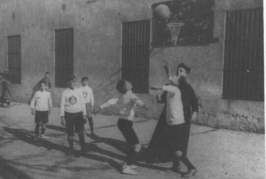 El vintage de Flagrant Foul: El padre Millan, el padre de nuestro baloncesto
