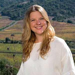 Amanda Barnes