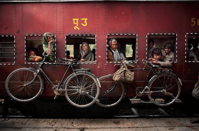 Steve McCurry, Composicion