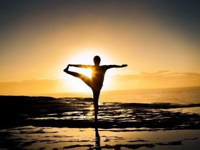 yoga photography at sunrise