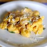 Gnocchi di Zucca al Burro, Salvia e Pecorino