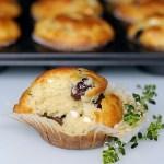 Muffins Salati con Feta, Olive Taggiasche e Timo-Limone