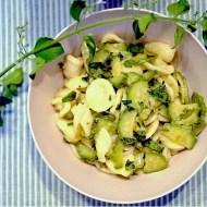 Orecchiette con Zucchine, Cipollotti Freschi e Nepitella