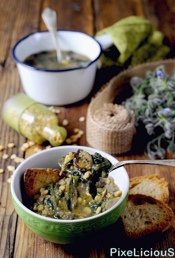 zuppa cicerchie porcini borragine 4 72dpi