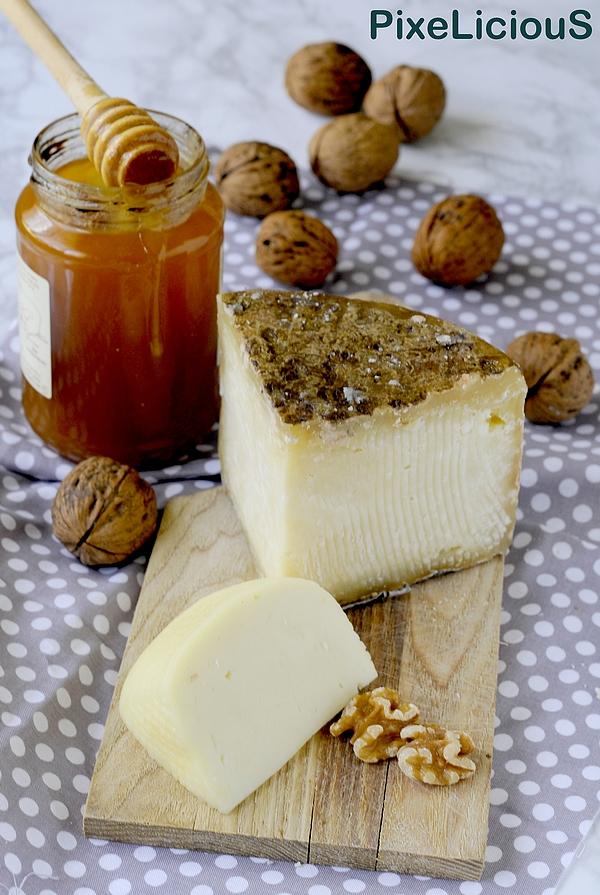 crostata-noci-pecorino-pere_cacio-72dpi