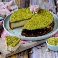 Cheesecake Salato alla Mortadella e Pistacchi
