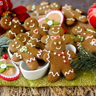 Biscotti Pan di Zenzero (Gingerbread Men)