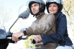 Ein Versicherungsvergleich lohnt sich auch beim Motorroller