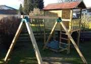 Kinderspielgeräte im eigenen Garten machen Spaß