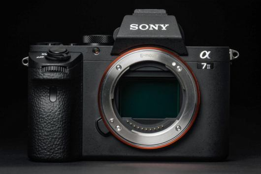 sony a7 II-Mirrorless Camera vs DSLR War in 2018 - Best Entry Level Mirrorless camera in 2018 pixelrajeev