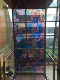 vue de la cage d'ascenseur
