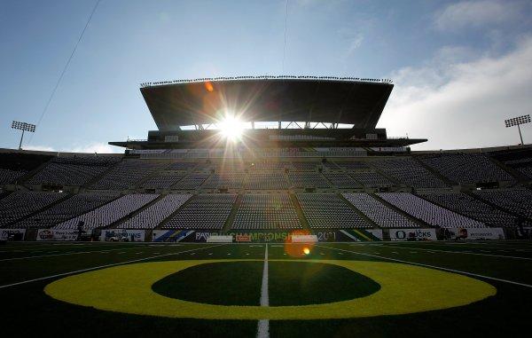 Oregon Ducks Football Stadium