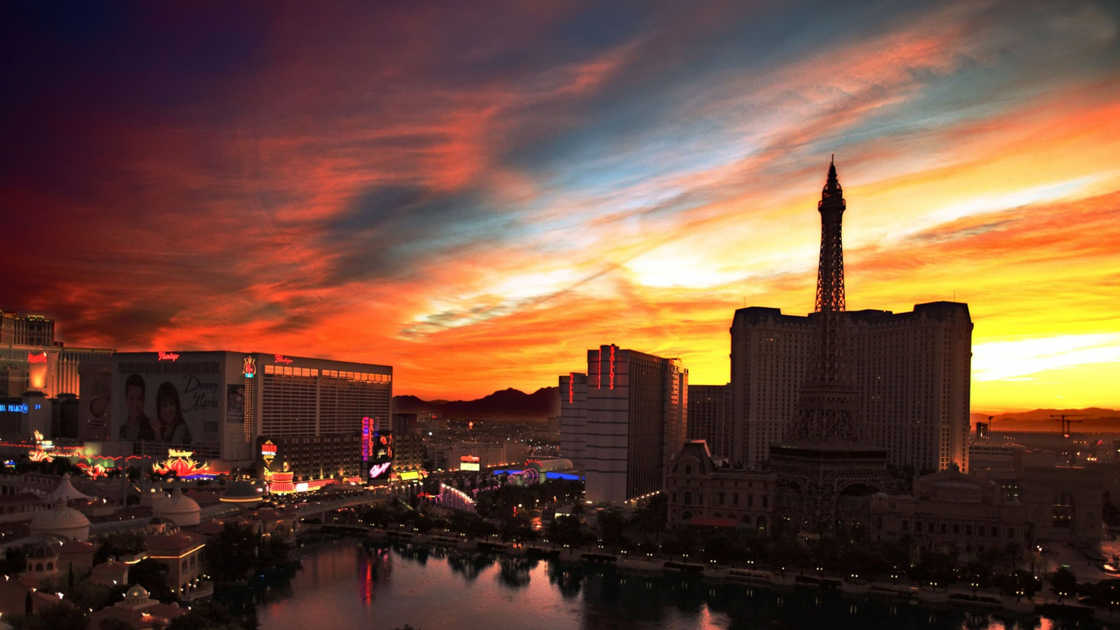 Las Vegas Strip Hd Wallpaper Las Vegas Hd Wallpapers Pixelstalk Net