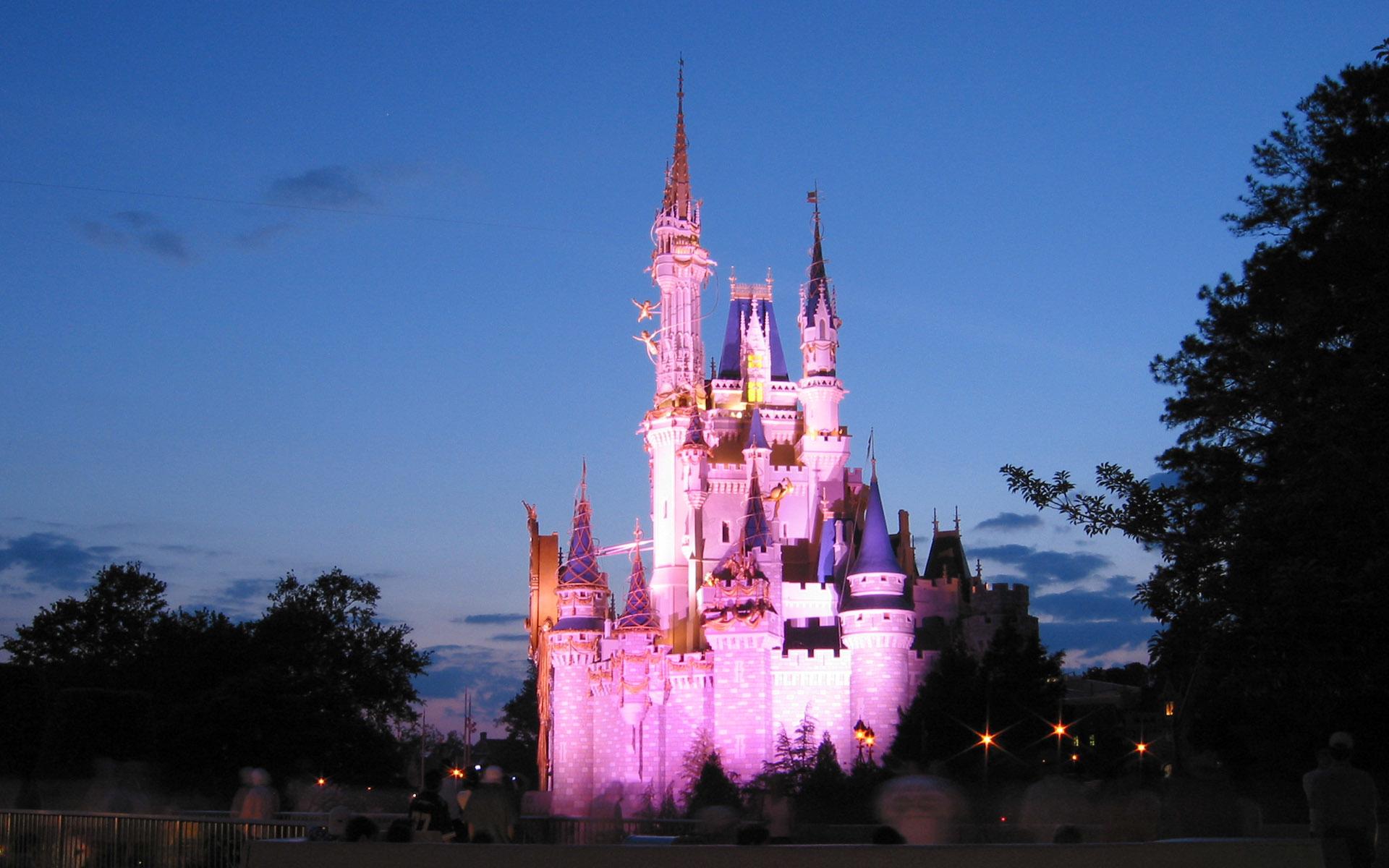 Disney Princess Quotes Wallpaper Disney Castle Wallpapers Hd Pixelstalk Net