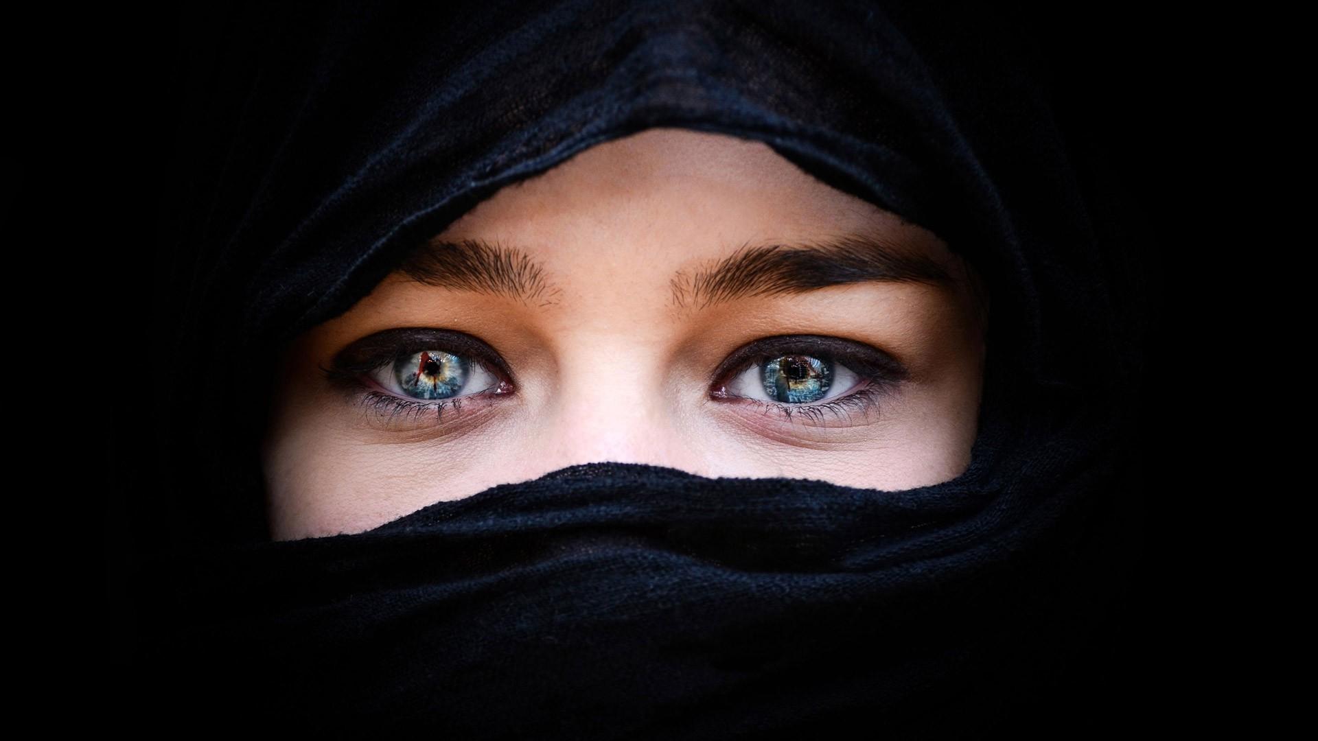 Muslim Girl Eyes Wallpapers Arabic Background For Desktop Pixelstalk Net