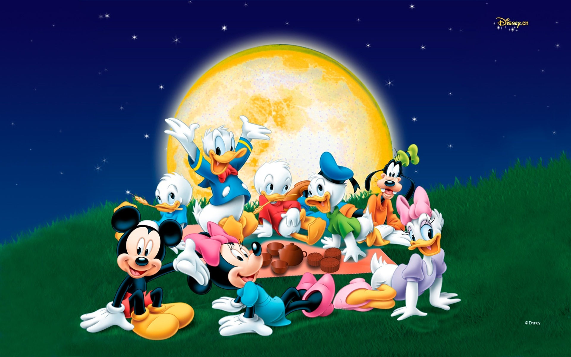 Cute Minnie And Mickey Mouse Wallpaper Donald Duck Backgrounds Pixelstalk Net