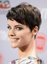 latest pixie haircuts with bangs