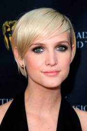 ashlee simpson pixie cuts