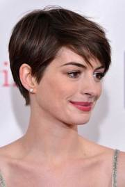 medium pixie cuts cut