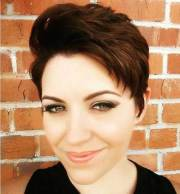 textured pixie haircuts