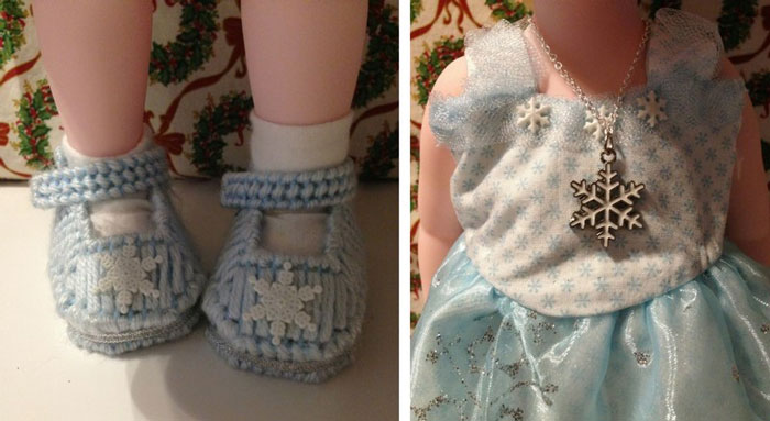 Image Of Shoes And Necklace For Elsa Animator Doll