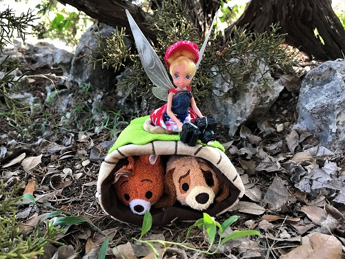 Image of Tinkerbell doll and tsum tsums saying good-bye