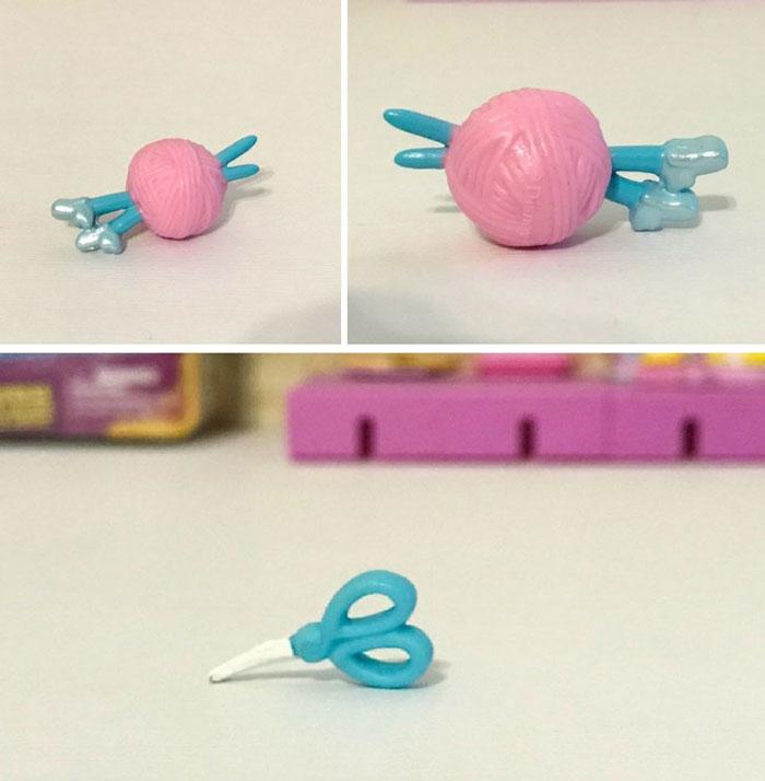 Disney Shopkins Blind Box Items: Knitting Needles And Scissors.