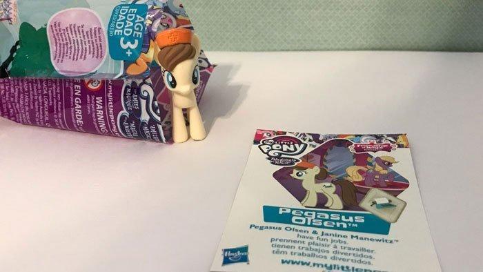 My Little Pony Blind Bag: Pegasus Olsen.