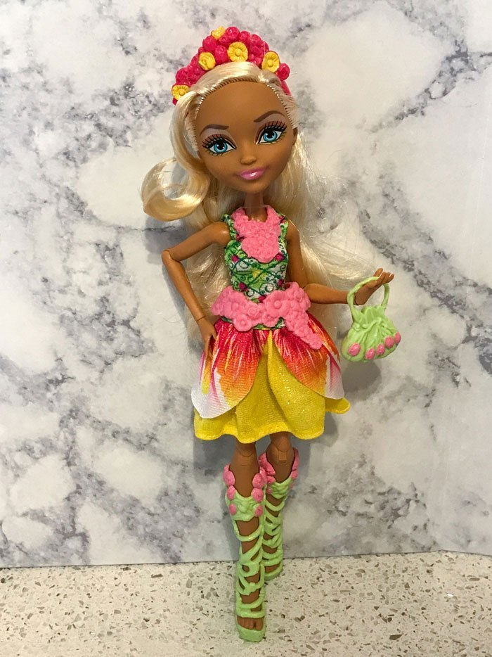 Ever After High Doll~Nina Thumbell~Pink /& Yellow Flower Headband