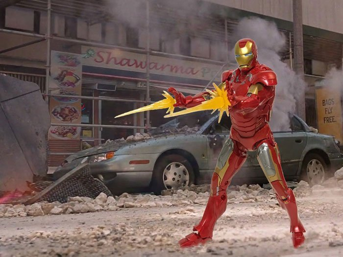 Action Figure Photography: Iron Man in New York.